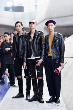 Ji Sunghyun, Jo Hwan, and Lee Sein at Seoul Fashion Week SS day 2 (cr: streetper) Korean Fashion Men, Best Mens Fashion, Seoul Fashion, Japan Fashion, Fashion 2015, Fashion Black, Street Fashion, Korean Male Models, Tokyo Street Style