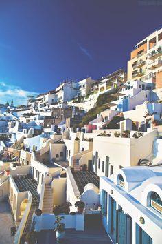 Light // Greek islands
