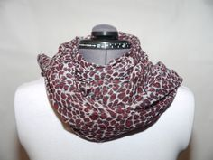 Bommulsscarf vinröd 129:- @ http://decult.se/store/products/bomulsscarf-vinrod