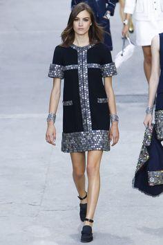 Chanel Ready To Wear Spring Summer 2015 Paris - NOWFASHION