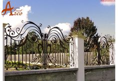 Iedera Salbatica Lux - Porti si Garduri din Fier Forjat ARCO TRUST Trust, Deck, Outdoor Decor, Home Decor, Beautiful Homes, Bonito, Fence, Decoration Home, Room Decor