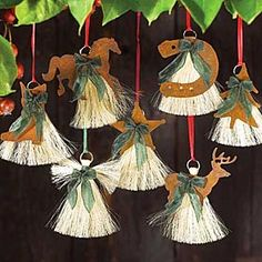 horse hair ornaments with rusty metal accents . Old Rosey might just need a little hair cut! Christmas Blessings, Christmas Time, Christmas Crafts, Christmas Decorations, Christmas Ornaments, Christmas Ideas, Xmas, Holiday Decor, Hair Keepsake