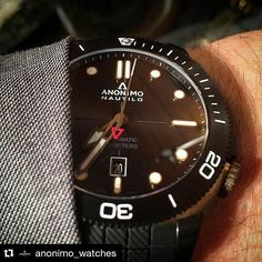 #Repost @anonimo_watches Thank you @ppdc_wt for this lovely close up of our #nautilo diver bi-colour & bronze !  www.worldtempus.com !  #anonimowatches#anonimo#watches#swissmade#nautilo#bronze#bicolour