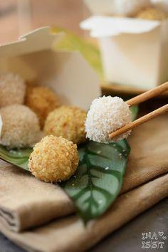 Ina Is(s)t: Indonesian European Fusion Streetfood - Süße Onde Onde mit Apfel-Walnussfüllung / Sweet Onde Onde