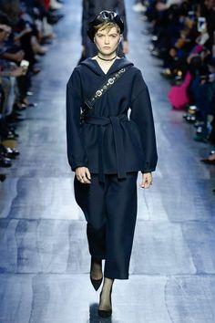 Christian Dior Fall 2017 Ready-to-Wear Fashion Show - Ruth Bell (Elite)