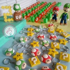 "Ester Paixão Biscuit on Instagram: ""Festa super Mario Bros ***Orçamentos somente pelo WhatsApp 85 98155-5153*** #biscuit #biscuitparafesta #supermarioparty #festasupermario…"" Mario E Luigi, Mario Kart, Super Mario Bros, Festa Angry Birds, Peach Party, Polymer Clay Projects, Baby Party, Birthday Party Themes, Biscuit"