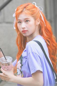 Orange Aesthetic, Aesthetic Hair, Kpop Girl Groups, Kpop Girls, Hair Inspo, Hair Inspiration, Sana Minatozaki, Velvet Fashion, Dream Hair