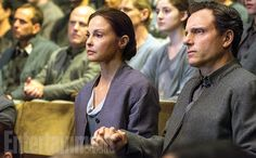 Still - Ashley Judd and Tony Goldwyn - Natalie and Andrew Prior - Divergente Divergent Fan Art, Divergent Four, Divergent Trilogy, Divergent Fandom, Veronica Roth, Zoe Kravitz, Shailene Woodley, Theo James, Entertainment Weekly