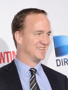 Peyton Manning car accident turns out to be a hoax - News - Bubblews University Of Tennessee, Peyton Manning, Best Rock, Denver Broncos, Sheriff, Handsome, Play, News, Sports