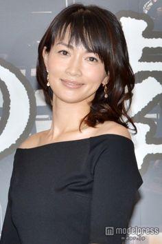 TBS月曜ミステリーシアター「ペテロの葬列」制作発表に出席した、長谷川京子