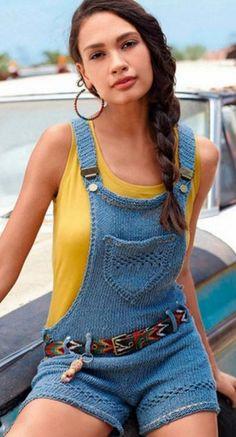 Комбинезон спицами  Летний, укороченный комбинезон связан спицами. Летние комбинезоны не выходят из моды не первое десятилетие, и переходят из сезона в сезон. Комбинезоны, как вид одежды любят за удобство, практичность и универсальность. На улицах мы часто видим сшитые комбинезоны из разных тканей, начиная от джинсовых и заканчивая легкими, невесомыми тканями. Мы же предлагаем вам связать комбинезон из пряжи цвета деним спицами. Такой комбинезон безусловно подходит молоденьким девушкам с…