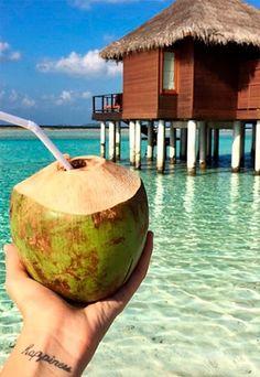 Benefícios da água de coco: controlar o peso