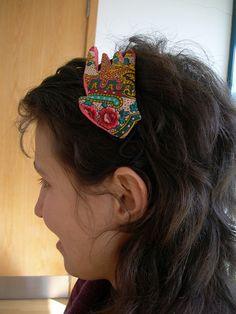 [Papel mache] Bandolete | Flickr - Photo Sharing! Band, Sash, Bands, Tape, Conveyor Belt