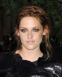 Kristen Stewart - Makeup!