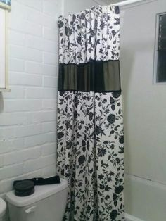 Cortina de baño, hecha hoy por mi