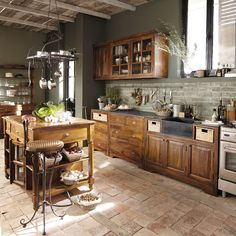 Cottage & Country Kitchen Wall Decorations You'Ll Love In 2020 - House & Living Kitchen Decor, Kitchen Inspirations, Kitchen Images, Home Kitchens, Kitchen Design, Country Kitchen Designs, Kitchen Remodel, Italian Home, Country Kitchen