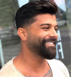 Beard styles 433049320421388791 - Image may contain: 1 person beard closeup and outdoor Source by Beard Cuts, Beard Fade, Beard Look, Men Beard, Faded Beard Styles, Beard Styles For Men, Hair And Beard Styles, Short Beard Styles, Haircuts Straight Hair