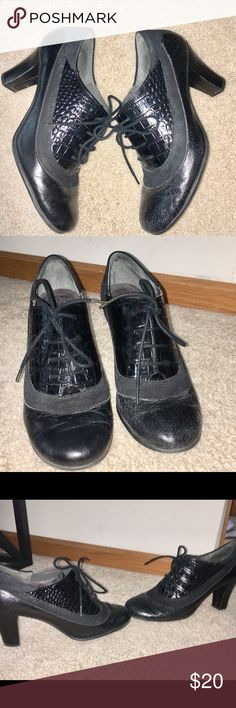 Aerosoles Black lace-up heels. Aerosoles Black lace-up heels. Shoes has multiple different types of material used. Done wear. They were my favorite pair of shoes but no longer have a need for them. Size 10 AEROSOLES Shoes
