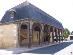 Montrésor Monuments, Medieval Market, Beaux Villages, Belle Villa, France, Halle, Old World, Gazebo, Outdoor Structures