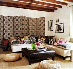 exotische muster im interior design leder tisch kissen