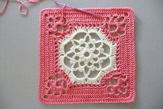 Victorian dream square. Free crochet pattern on ravelry.* ༺✿ƬⱤღ http://www.pinterest.com/teretegui/✿༻ #CrochetGrannySquarePattern