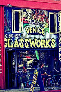 Live glass blowing in the heart of Venice Beach! Custom hand made glass.  Anything from Jewelry or water pipes to large extravagant installations located all over Los Angeles. They also sell spray paint and other quality art supplies for the venice graffiti walls and local Venice artists. There really is no where else like this place in all of LA.  Most glass shops on the boardwalk and in L.A. are mainly imported glass, while Venice Glass Works is a small family business that makes the…