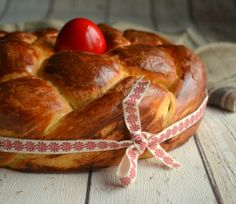 A Kingdom for a cake: Easter Bread