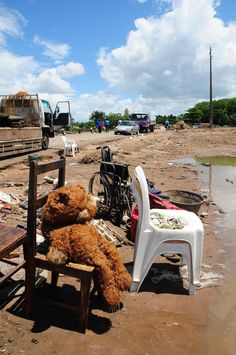Tens of thousands affected by continued flooding in Mozambique as UNICEF ramps up humanitarian aid...© UNICEF Mozambique/2013/Naysan Sahba