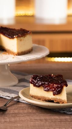 😍 Descubrí la felicidad aquí mismo con esta Tarta de Queso y Yogur 🍰🍓 Sweet Desserts, Sweet Recipes, Delicious Desserts, Yummy Food, Cheesecake Recipes, Dessert Recipes, Cheesecake Cupcakes, Food Cakes, Love Food