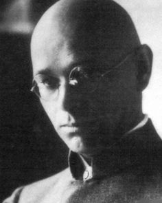 Johannes Itten was a Swiss expressionist painter, designer, teacher, writer and theorist associated with the Bauhaus (Staatliche Bauhaus) school. -He taught basic of material characteristics, compositions & color. -He invented this method of teaching : He would start of with breathing exercise he learnt from buddhism. -He was teaching for three years in the Bauhaus School  Source :  Wikipedia and Bauhaus Documentary