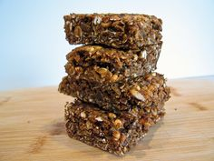 Molasses Ginger Granola Bars | The Spiced Life