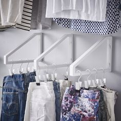 Space Savers: IKEA Hacks for Small Closets Teeny tiny closet got you down? Space Savers: IKEA Hacks for Small Closets Teeny tiny closet got you down? After winnowed your clothes do Ikea Hacks, Hacks Diy, Organizar Closet, Closet Hacks, Ikea Closet Hack, Ikea Wardrobe Hack, Tiny Closet, Master Closet, Narrow Closet