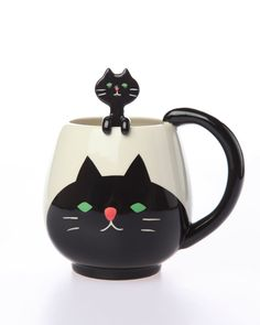 Black Cat Cup & Spoon Set: The little cat poking its head out of the cup is actually the spoon... so cute! From Punk.com