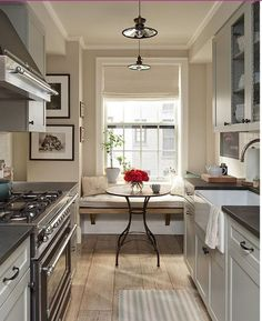 7 Unbelievable Tips and Tricks: Narrow Kitchen Remodel Bedrooms u shaped kitchen remodel.Kitchen Remodel Before And After Builder Grade kitchen remodel tips crown moldings.Kitchen Remodel Before And After Bath. Galley Kitchen Design, Small Galley Kitchens, Galley Kitchen Remodel, Interior Design Kitchen, Home Kitchens, Kitchen Remodeling, Remodeling Ideas, Kitchen Small, Kitchen Designs