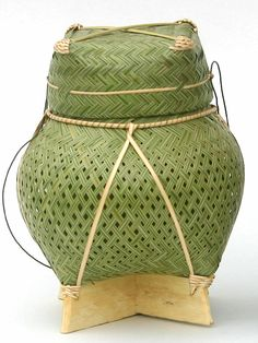 Sticky Rice Basket - Laos Bamboo Crafts, Wood Crafts, Laos Food, Oriental, Vintage Luggage, Thai Style, Flower Basket, Color Of Life, Hamper
