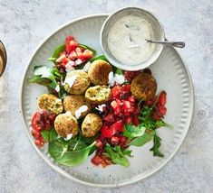 Canned chickpeas are transformed into oven-baked falafel and paired with garlicky tzatziki. Easy Salad Recipes, Easy Salads, Bean Recipes, Healthy Recipes, Fruit Salads, Healthy Meals, Vegetarian Recipes, Baked Falafel, Falafel Recipe