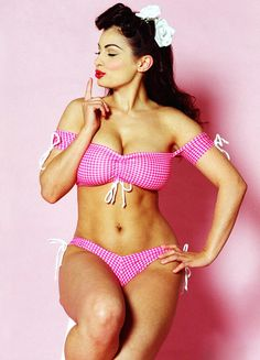 Aria Giovanni-- honestly I could handle looking like this one day. Get to keep these gorgeous curves but look fit.