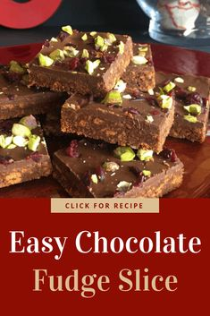 Easy recipe for chocolate fudge slice. Quick to make and makes a delicious christmas slice with any topping you choose! Chocolate Fudge Slice, Chocolate Candy Recipes, Caramel Recipes, Fudge Recipes, Best Dessert Recipes, Healthy Fudge, Healthy Snacks To Buy, Best Christmas Recipes, Xmas Recipes