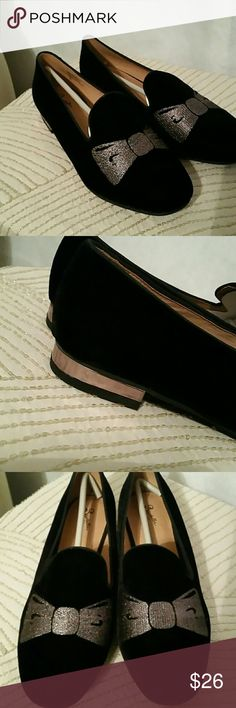 Seychelles All Mine Black Velvet Smoking Loafers Elegant and fun black velvet smoking loafers with embroidered silvers bows by Seychelles and Corey Lynn Calter. A silver metal strip further details the heel. Size 8, new and never worn. I just buy too many pairs of shoes. Seychelles Shoes Flats & Loafers