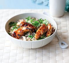 Chicken, mushroom and tarragon stir-fry - Healthy Food Guide Healthy Chinese Recipes, Healthy Recipes, Healthy Food, Chicken Mushroom Stir Fry, Couscous How To Cook, Spinach Stuffed Chicken, Diet Meal Plans, Diet Recipes, Stuffed Mushrooms