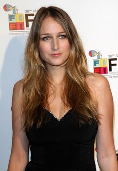 Leelee Sobieski - Liliane Rudabet Gloria Elsveta Sobieski. Her father has Polish roots, by his family she's related to a Polish king John III Sobieski.