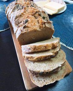 Pão de Espelta e Sementes | O Prazer da Cozinha re Tapas, Carne, Banana Bread, Cooking Recipes, Meals, Desserts, Food, Healthy Bread Recipes, Other Recipes