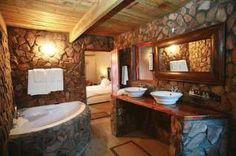 Rustic Bathroom Decoration Natural Bathroom With Rustic Bathroom Design – Home Constructions Cabin Bathrooms, Rustic Bathrooms, Dream Bathrooms, Amazing Bathrooms, Basement Bathroom, Cozy Bathroom, Small Bathroom, Bathroom Taps, Bathroom Lighting