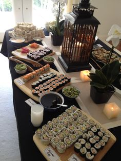 This makes me want to have a sushi bar party. I feel like that may be expensive though. Japanese Party, Japanese Food, Japanese Buffet, Japanese Theme Parties, Japanese Birthday, Sushi Buffet, Party Buffet, Comida Picnic, Fingers Food