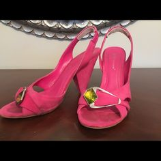 BCBG Generation pink suede sandals size 7.5 Beautiful hot pink suede summer shoes with Swarovski stone in center. Small stain on R heel from driving BCBGeneration Shoes Heels