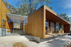 Thin lines... Brooks used the clarity of glass and blackbutt-clad timber. Photo: Michael Nicholson.