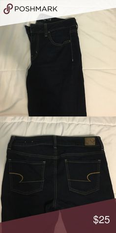 American Eagle Dark Wash Jeggings More jean-like than legging! Gently worn condition! Worn less than 5 times! Price negotiable! American Eagle Outfitters Jeans