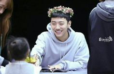Yongguk with kids is the most adorable thing everRR <3