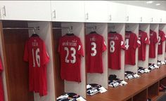 Manchester United players will have their names in Thai on their shirts