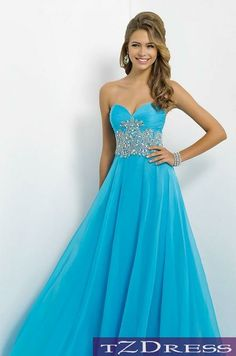 This is so pretty! Maybe in a purple or a darker blue